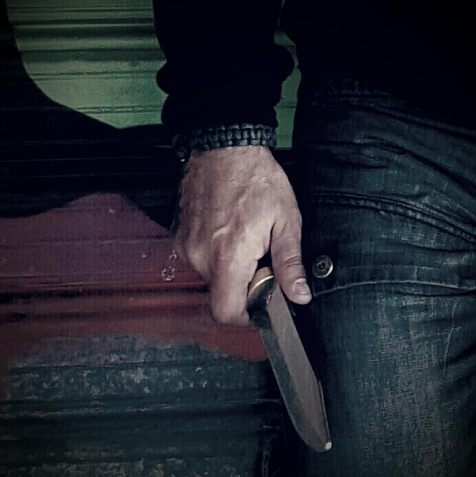 Instinctive Knife defense